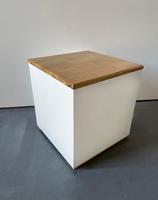 White cube stool Photoshop.png