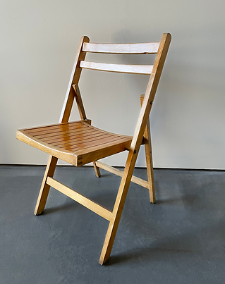 Folding timber chair photshop.png