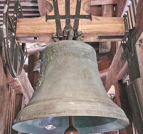 bell-2666688_1920.jpg