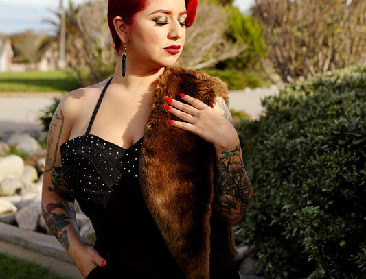 SIGNATURE DRESS - BLACK