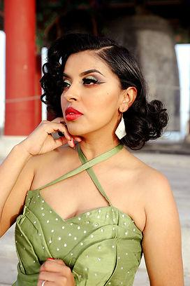 Signature Dress avocado 2.jpg