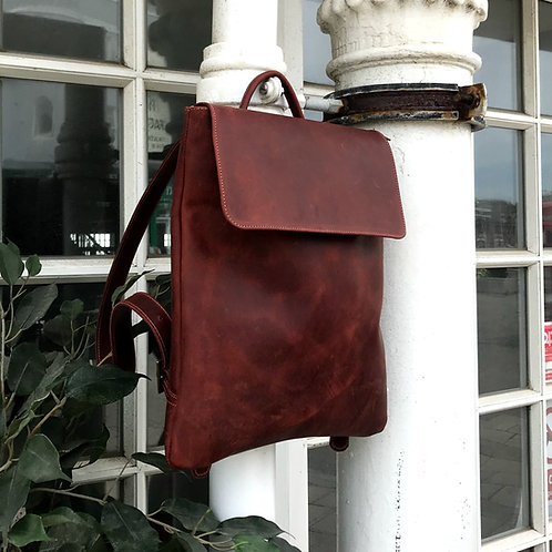 Dinky PAL Rucksack in Pull Up