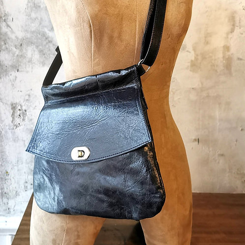 Mom bag in Italian glazed leather