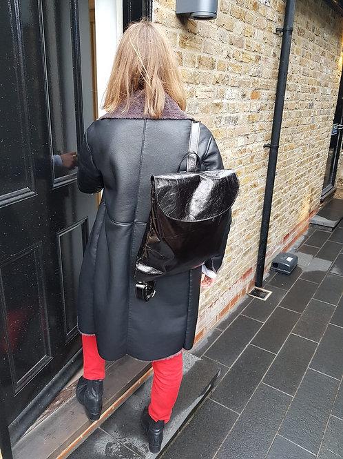 Pal rucksack in black glazed leather