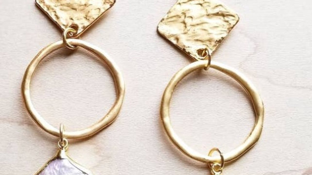 Dangle fresh water pearl earrings