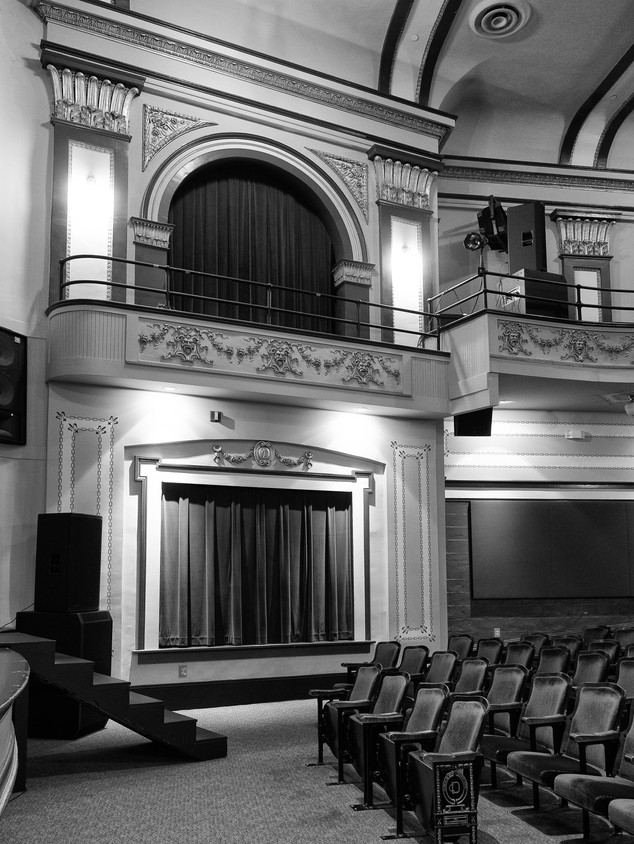 Boxseats - Douglass Theatre