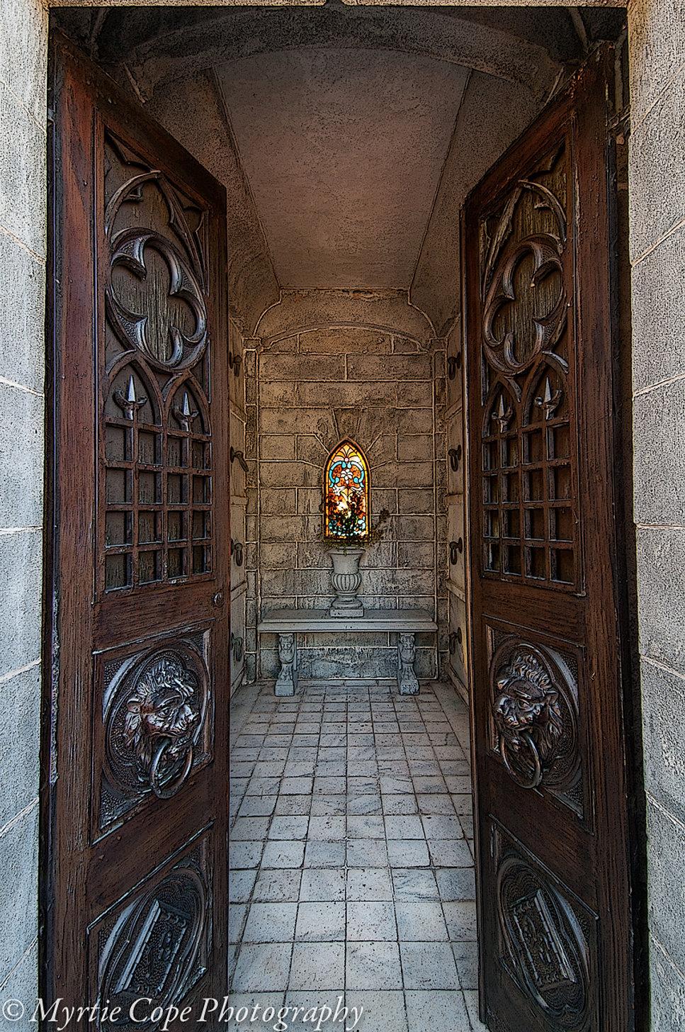 Mausoleum Doors and Window & Sacred Places Pezcame.Com