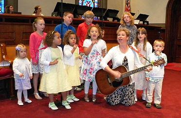 kids sing.jpg