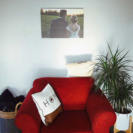 canvas print photo in living room of apa