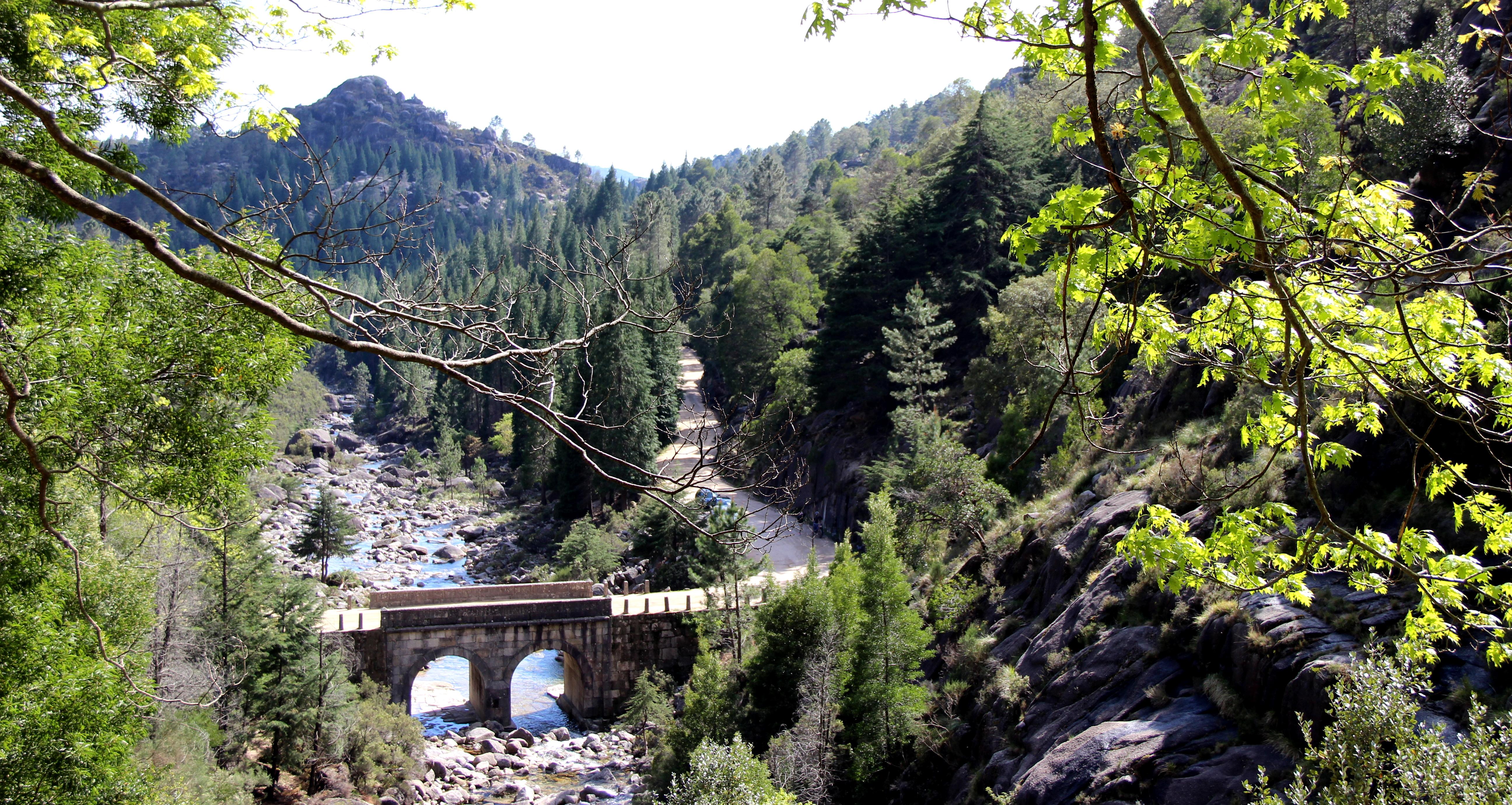 Ponte sobre o Rio Arado