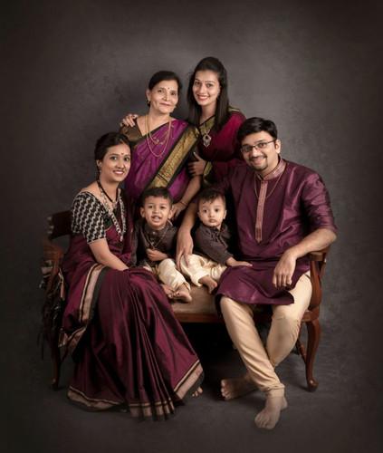 Family 001-2.jpg