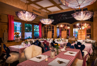 Restaurant (6 von 6).jpg