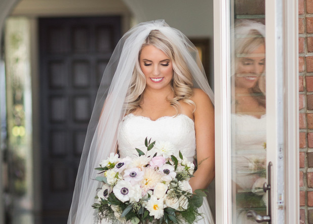 Photo Credit: Aislinn Kate Photography  Florals: Fiore Pensacola Hair: Kelly Fitzergald with The Hive Salon