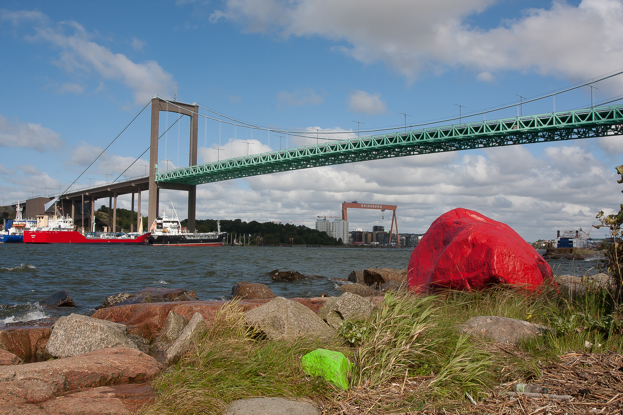 Älvsborgsbron and the redrock