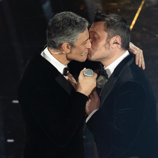 Fiorello & TIZIANO FERRO