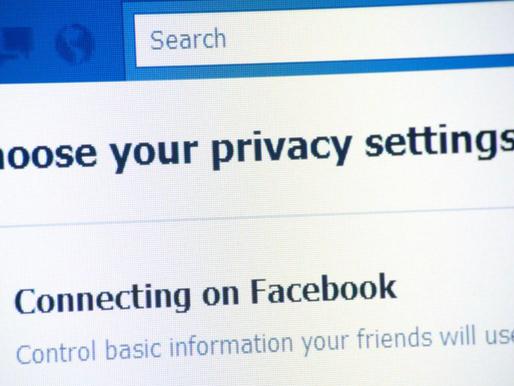 Facebook a retranscrit et exploité les communications Messenger