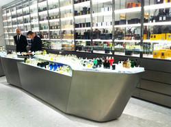 perfume display tables and vitrine 2