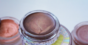 The Top 5 Makeup Hacks that Will Make Your Life Much Easier!