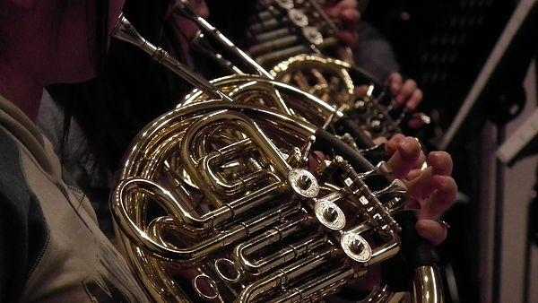horn-2681863_1920.jpg