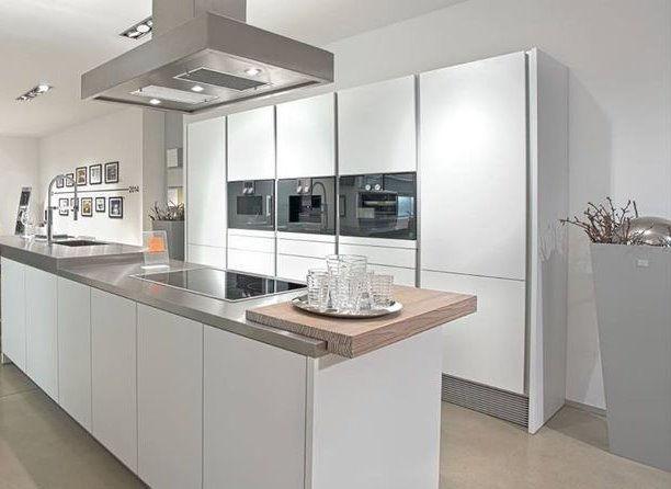 Custom Kitchens & Vanities