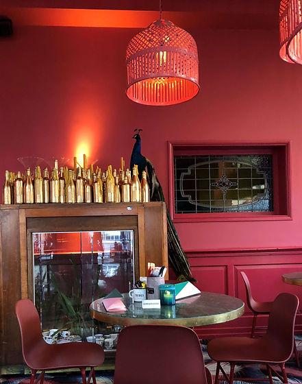 restaurant rood.tiny.jpg