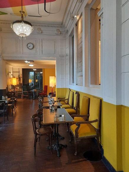 Restaurant geel.tiny.jpg