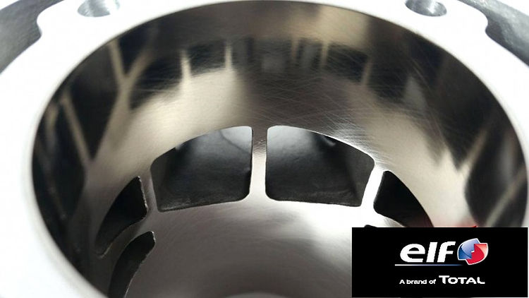 Zylinder 2T elf brand.jpg