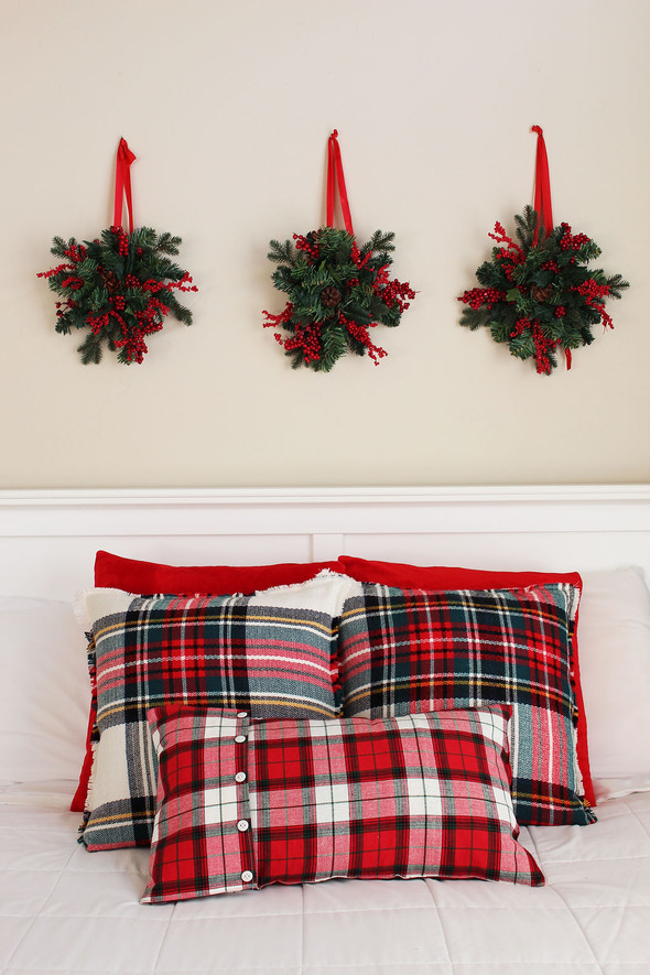 Make EASY Christmas Pillows From A Scarf