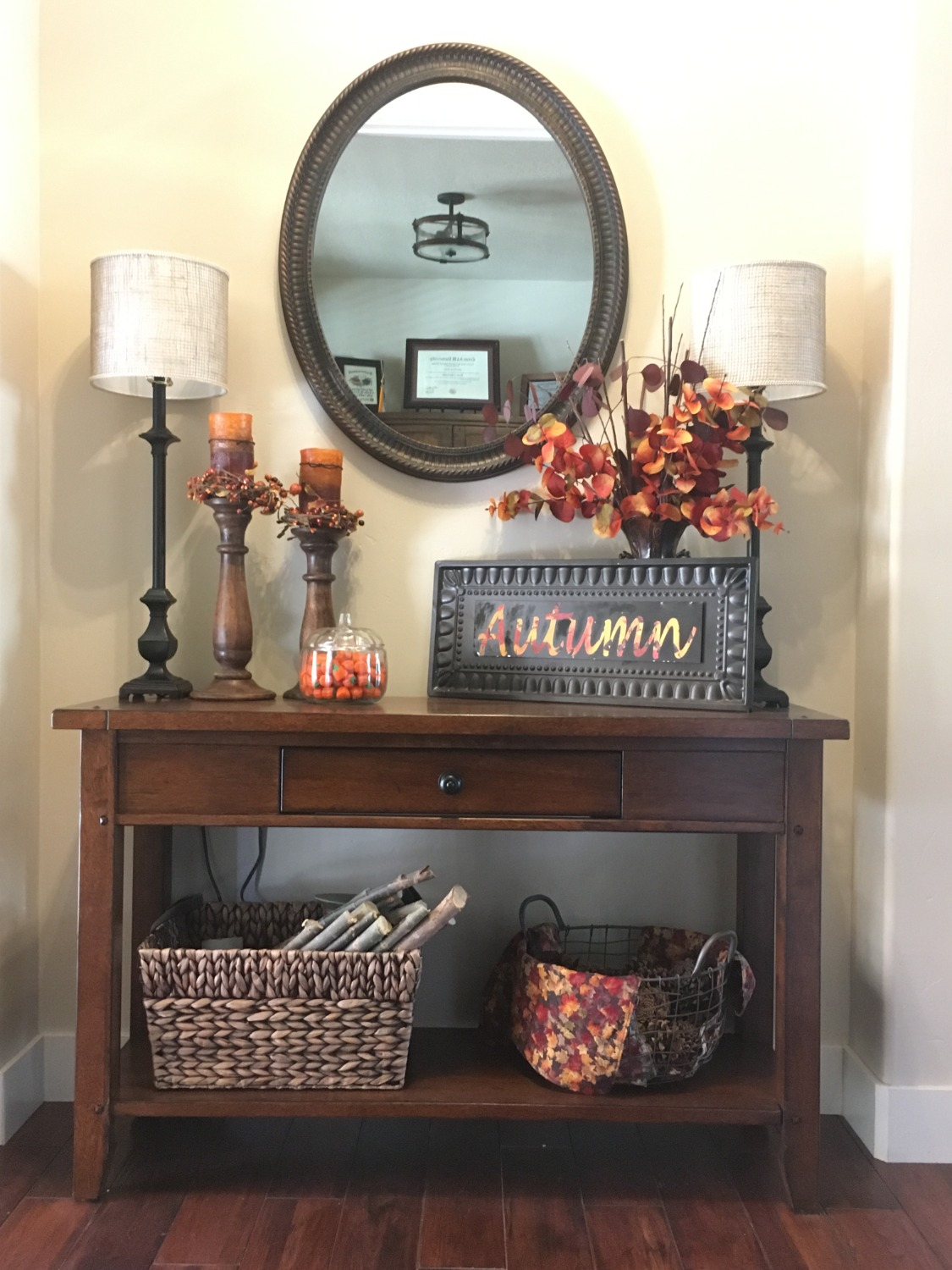 Fall Entry Way Table Makeover