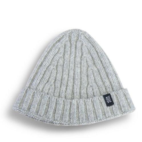 Knitted cap by Trouxa Mocha [ivory]