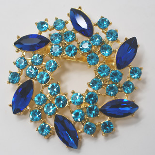 Blue & Turquoise Wreath Brooch