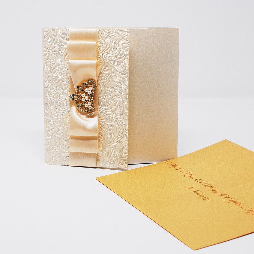 Invite with personalized envelope