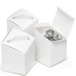 Mr. and Mrs. - Favour Boxes