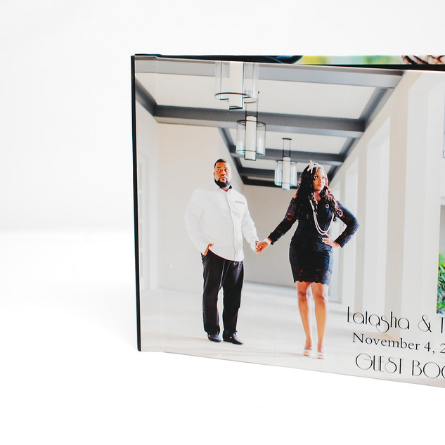 Engaging Photos for Your Guest Book