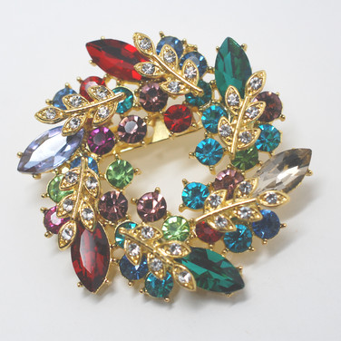 Colourful Wreath Brooch