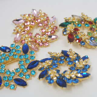 Colourful Wreath Brooches