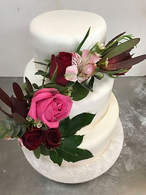 Stentons Cakes Wedding Cakes (6).jpg