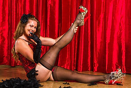 Daffey Delaney Burlesque (1).jpg