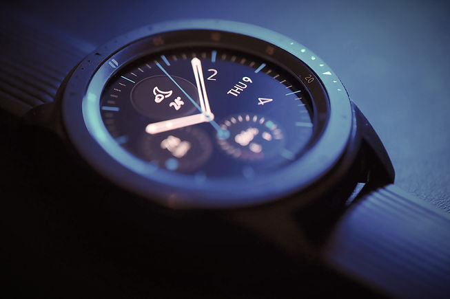 Samsung%20Galaxy%20smart%20watch_edited.jpg