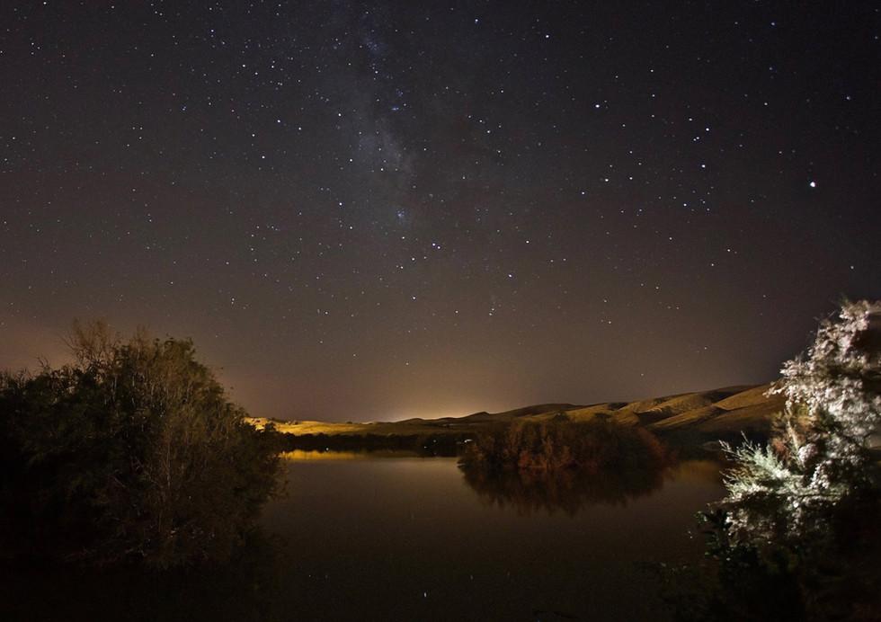 כוכבים באגם