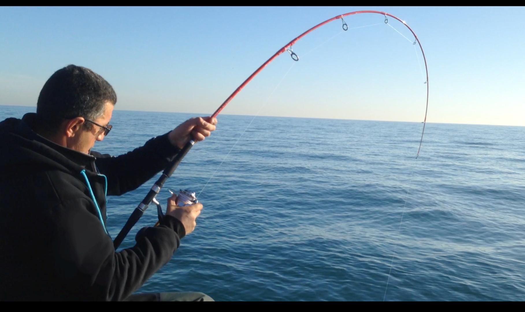 1 journée pêche et bateau MER