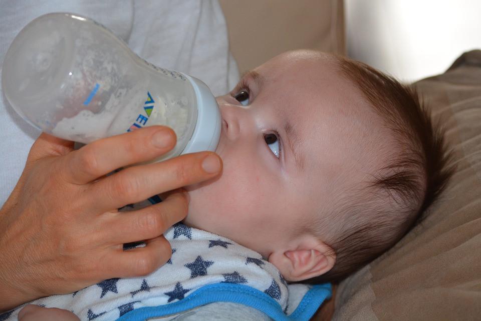 reasons to use formula, antenatal classes, Bristol, Swaddling To Toddling