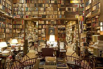 Library-Wallpaper-HD.jpeg