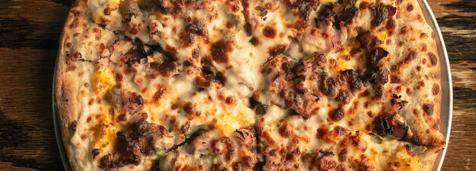 Minglewood Breakfast Pizza