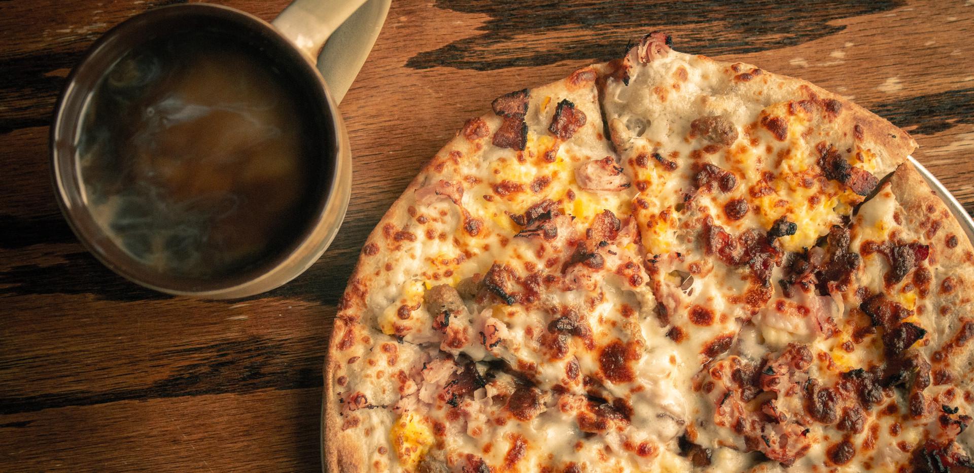 Ultimate Breakfast Pizza