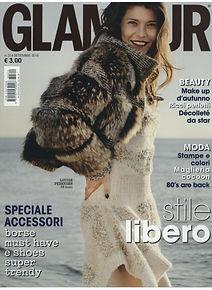 GLAMOUR_01 09 18_COVER (3).jpg