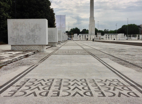 (Dutch) De Bouwstenen van Mussolini. Architectuur en stedenbouw in de Era Fascista van Rome