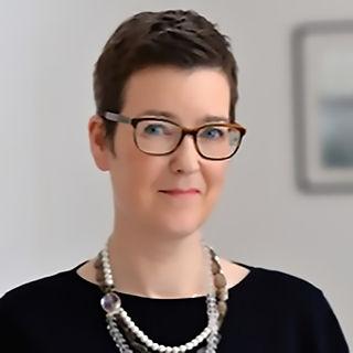 Emma Dungey - Advantedge Associate Director - Transition & Risk