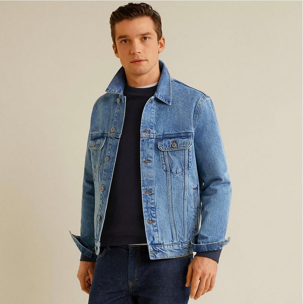 Model double denim Trucker Jacket