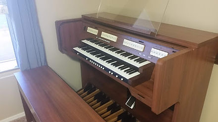 Rodgers 527Organ for sale